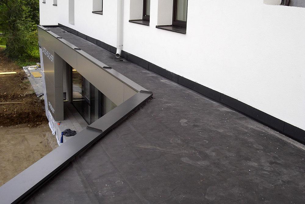 Flachdach Abdichtung, Projekt Kronsdorf