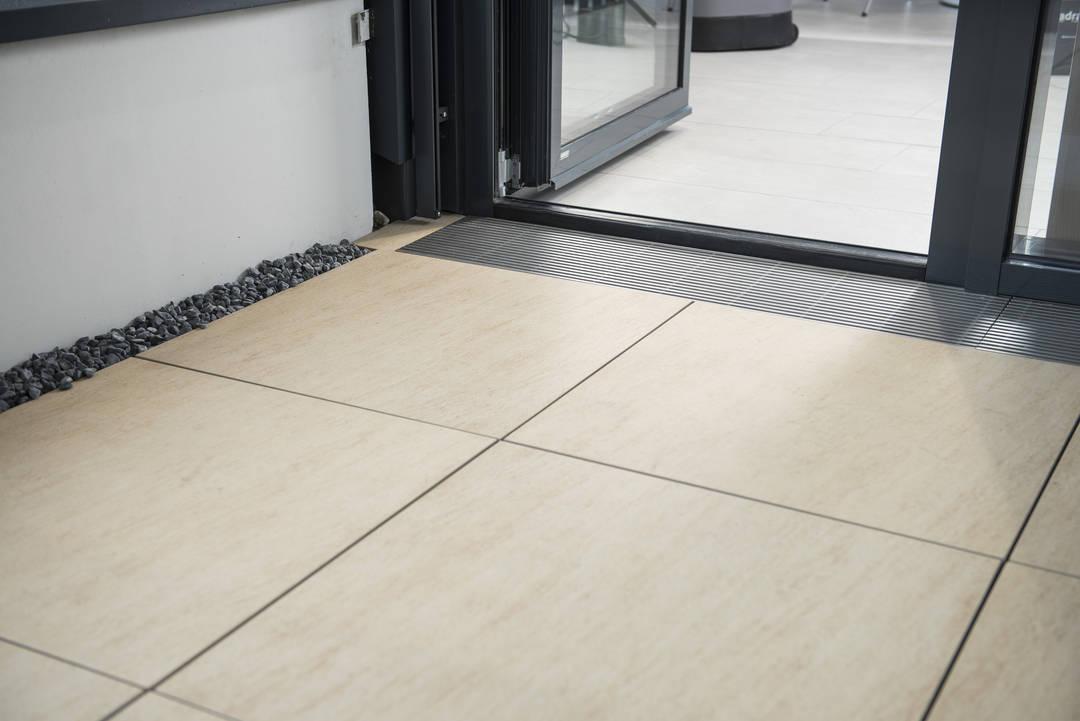 flatstone - die Designplatte für die Terrasse